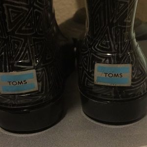 Toms rain boots 8 toddler